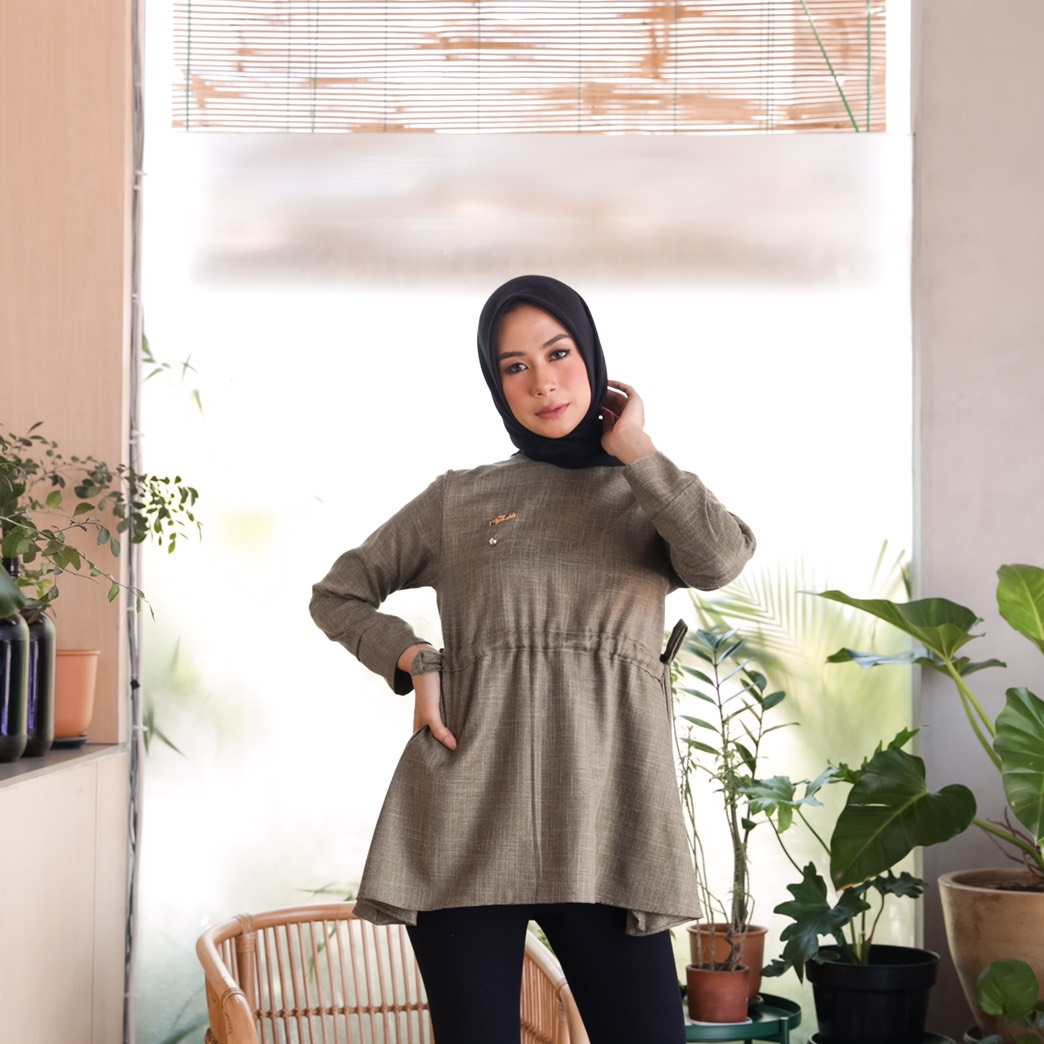 alysa top olive