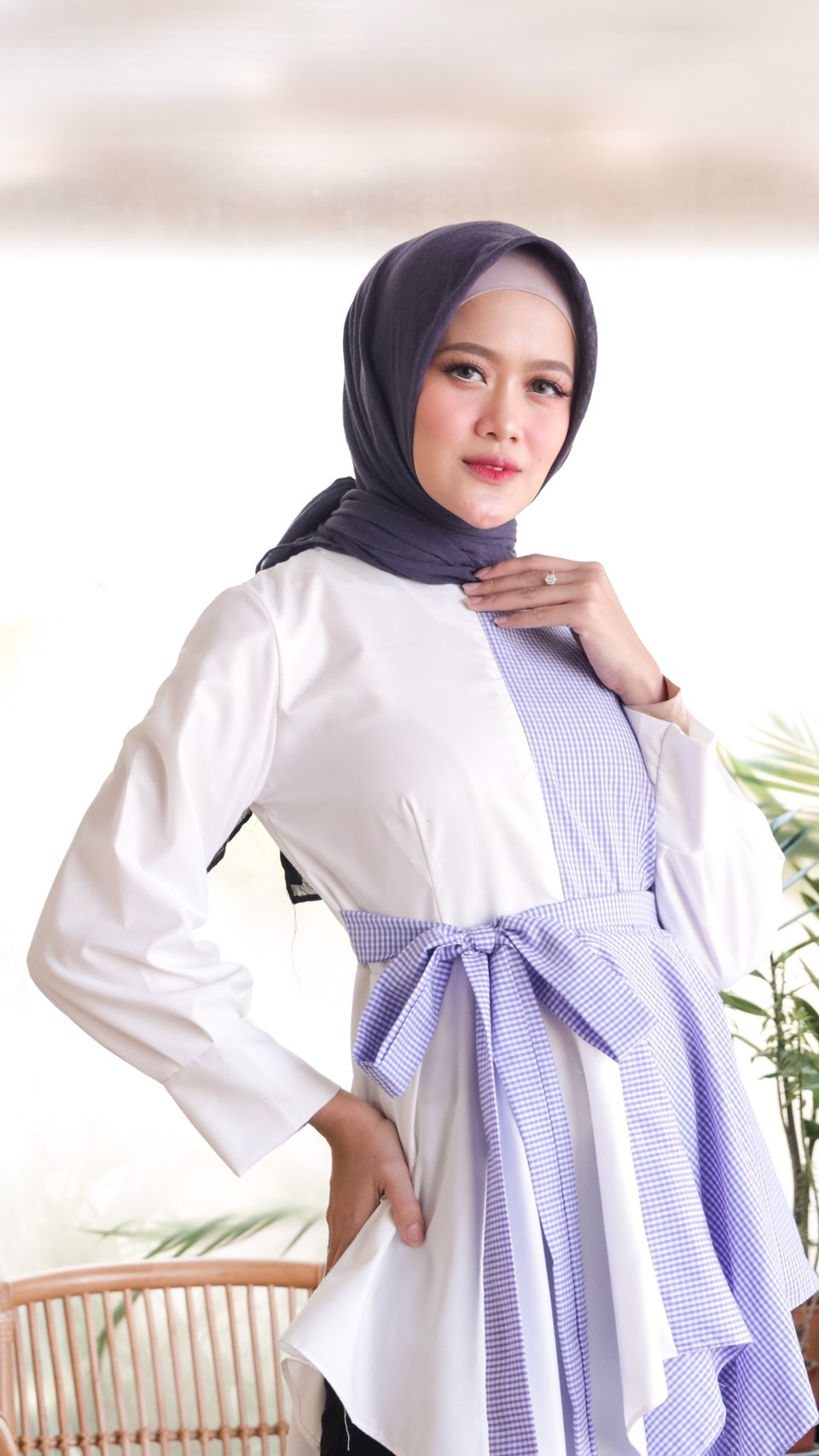 anya top gingham blue
