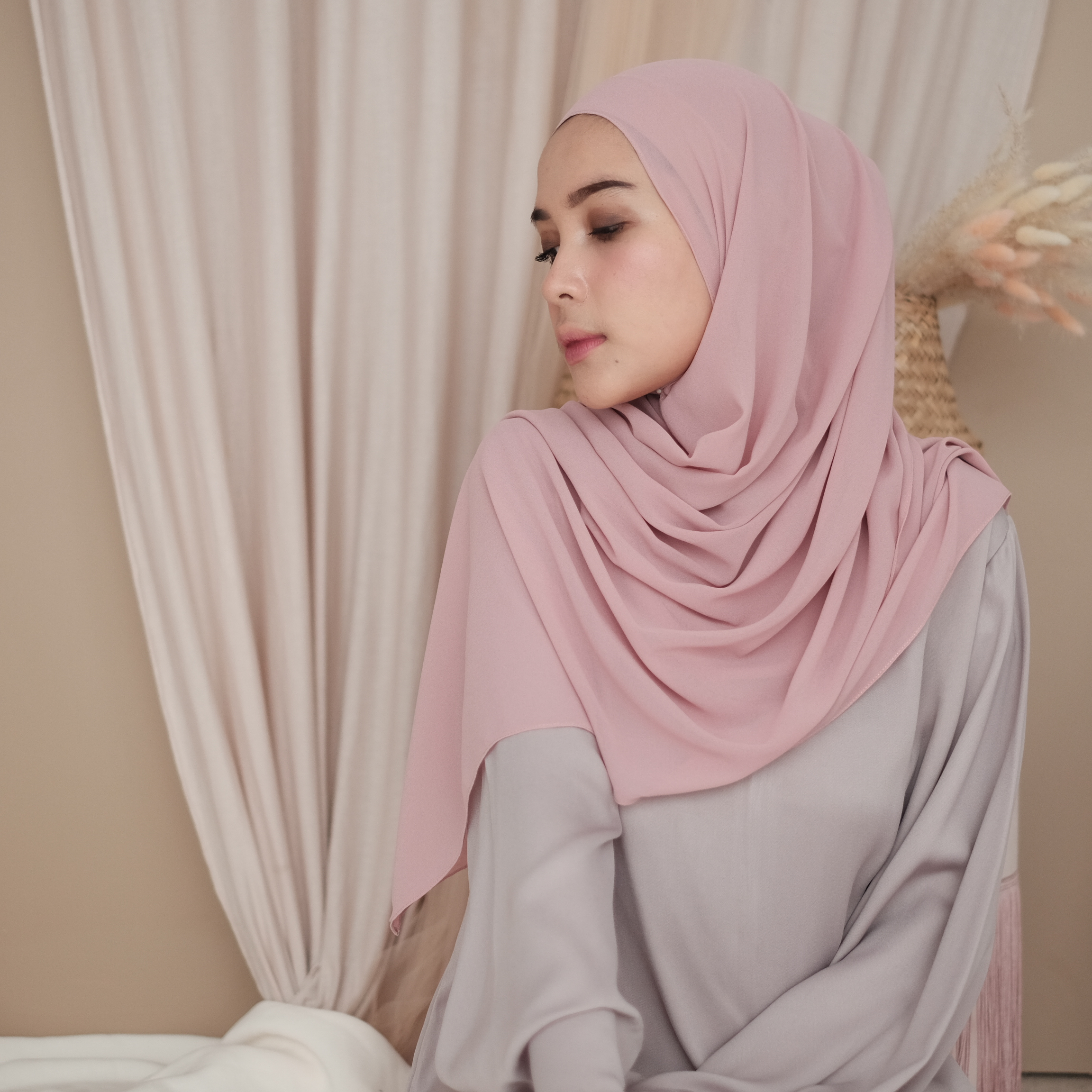 Jilbab Pasmina Ceruty Dusty Purple