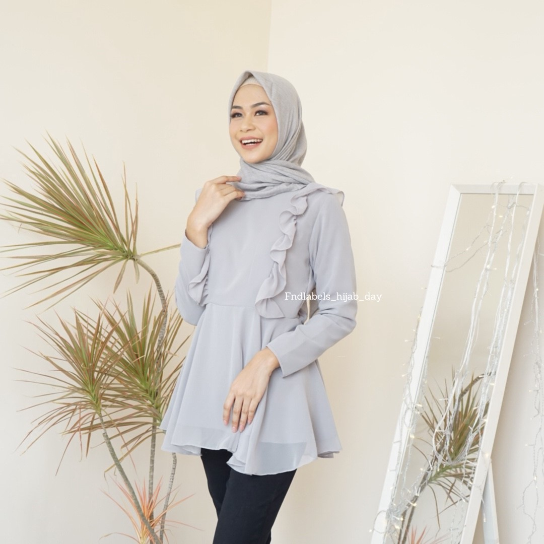 MIA TOP GREY
