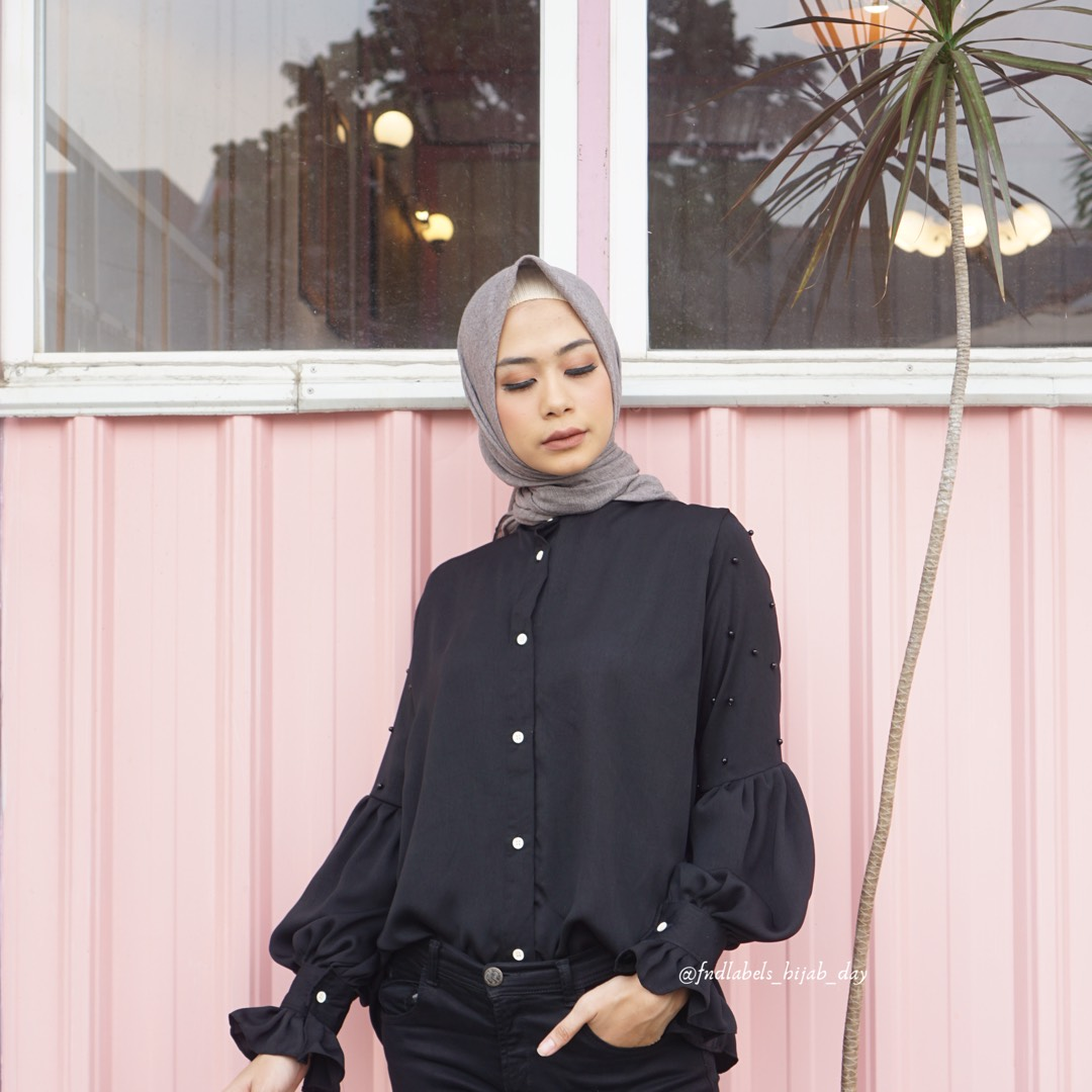 Mitzy  Top Black