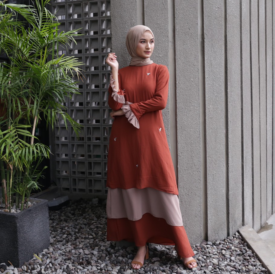 Rasyi Scarlet Dress