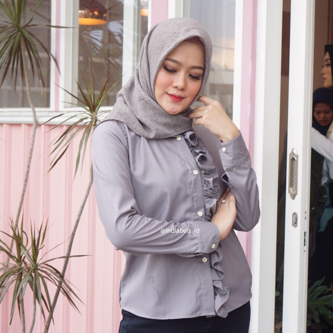 SOPHIE TOP GREY