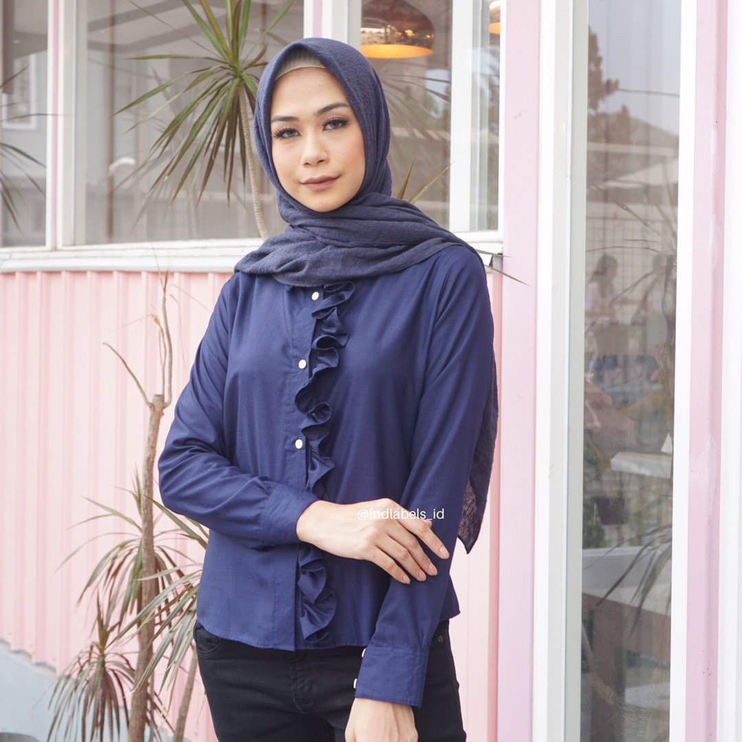 SOPHIE TOP NAVY